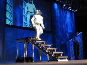 Honda_ASIMO_Walking_Stairs